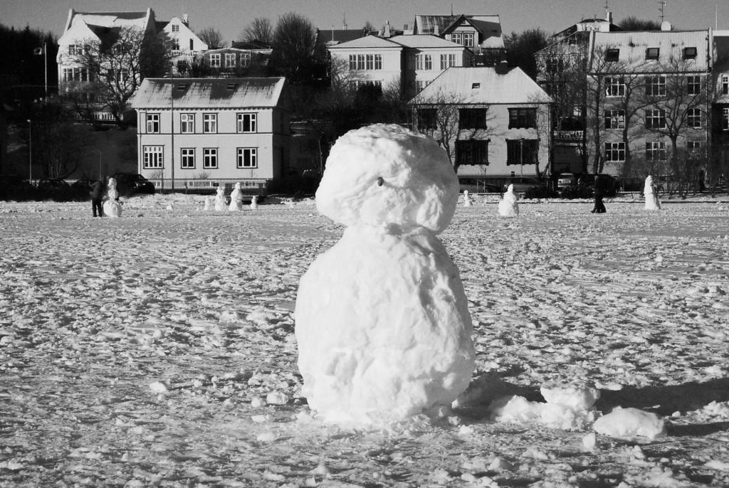 Snowmen on Tjörnin, 2015
